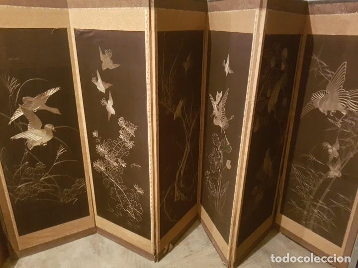 BIOMBO CHINO DE 6 PARTES EN SEDA, HILO DE PLATA (Antigüedades - Varios)