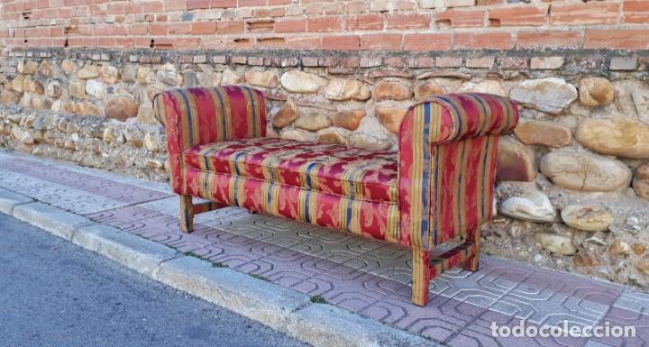 Antigüedades: Banqueta descalzadora antigua vintage estilo chester. Chaise longue sofá antiguo estilo chesterfield - Foto 3 - 155101574