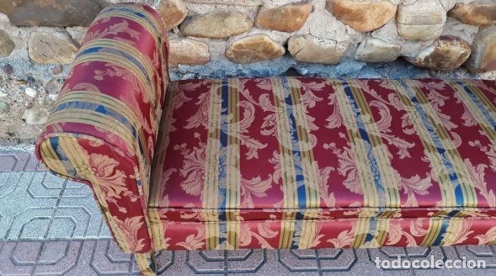 Antigüedades: Banqueta descalzadora antigua vintage estilo chester. Chaise longue sofá antiguo estilo chesterfield - Foto 7 - 155101574