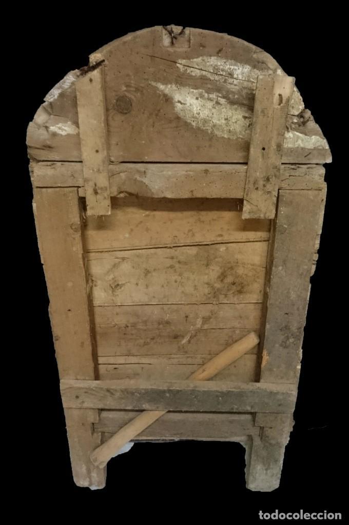 Antigüedades: Antigua lápida de madera con calavera del siglo XVII. Pieza rara. 105x55x8 - Foto 2 - 155109078