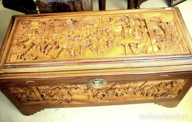 Antigüedades: Arcon baul chino antiguo tallado, en madera de alcanfor - Foto 6 - 155126642