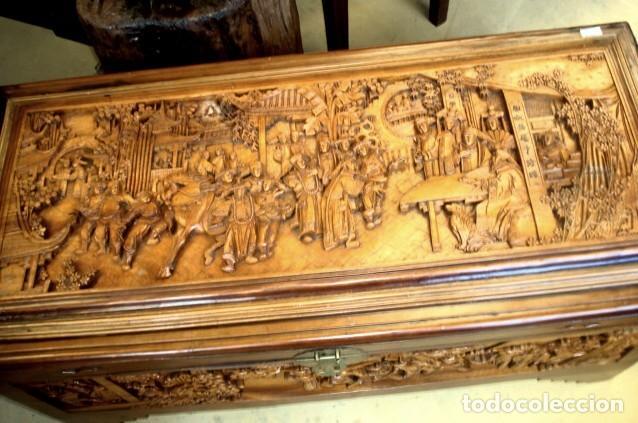 Antigüedades: Arcon baul chino antiguo tallado, en madera de alcanfor - Foto 7 - 155126642