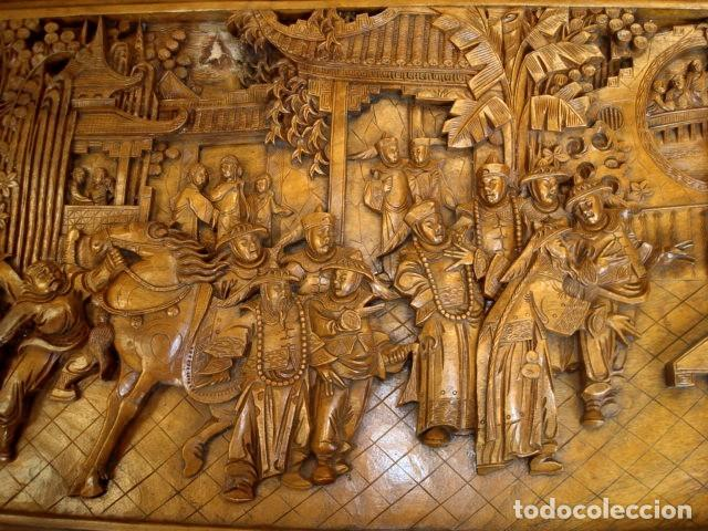 Antigüedades: Arcon baul chino antiguo tallado, en madera de alcanfor - Foto 10 - 155126642