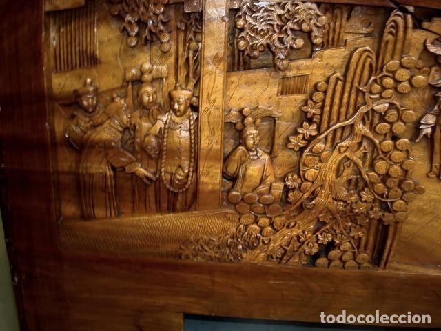 Antigüedades: Arcon baul chino antiguo tallado, en madera de alcanfor - Foto 12 - 155126642