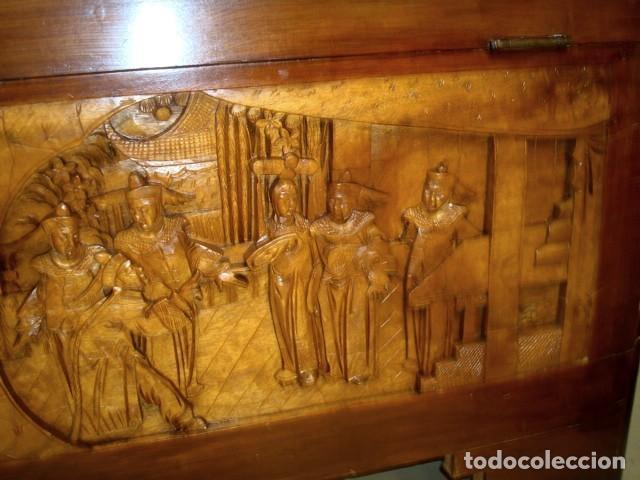 Antigüedades: Arcon baul chino antiguo tallado, en madera de alcanfor - Foto 18 - 155126642