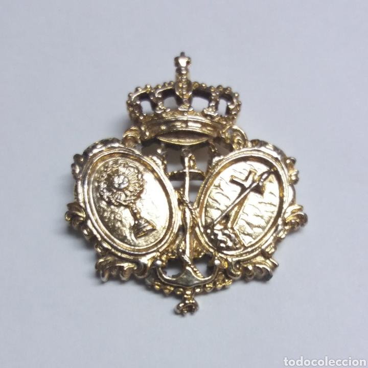 SEMANA SANTA SEVILLA MEDALLA DE LA HERMANDAD DE LA SAGRADA LANZADA SEVILLA (Antigüedades - Religiosas - Medallas Antiguas)