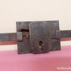 Antigüedades: CERRADURA. ANTIGUA. Lote 155147470