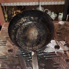 Antigüedades: SARTÉN DE HIERRO FORJADO, PRINCIPIOS DEL SIGLO XX. Lote 155231698