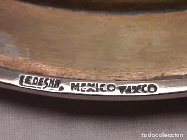 Antiques: Precioso plato de bronce con águila de alpaca e incrustaciones de malaquita Taxco México - Foto 8 - 155242234