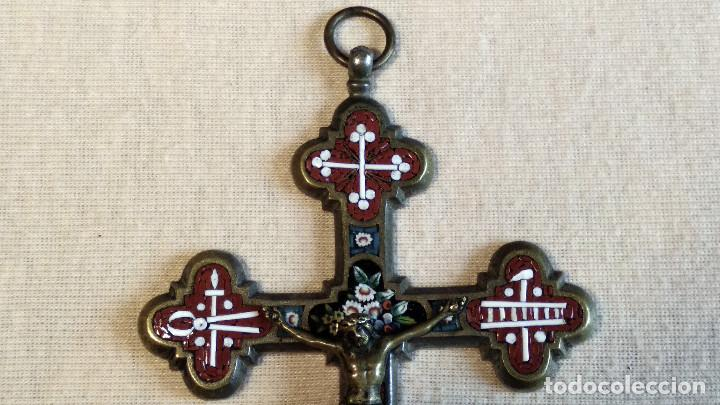 Antigüedades: Antigua y artística Cruz de micro mosaico (cristal pequeño tamaño), italiana siglo XIX. - Foto 2 - 155253398