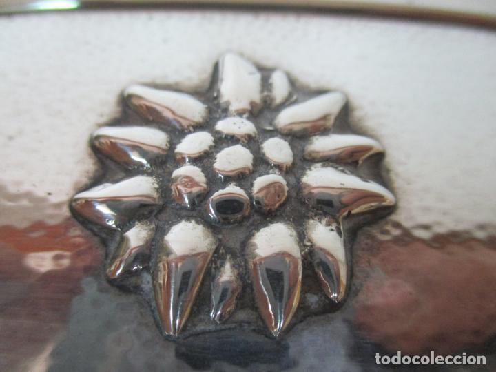 Antigüedades: Bonito Juego de 6 Piezas de Tocador - Plata de Ley, con Contrastes - Sello del Platero Serrahima - Foto 18 - 155260698