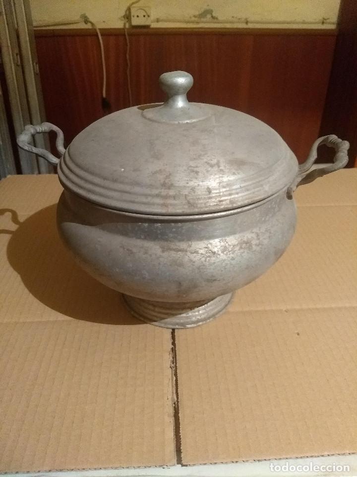 Antigüedades: Antigua sopera de aluminio - Foto 2 - 155298454
