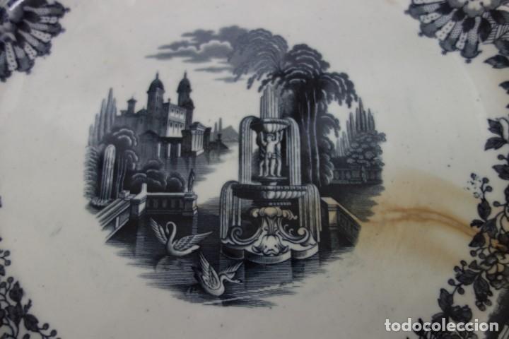 Antigüedades: FUENTE DE CERÁMICA DE LA CARTUJA PICKMAN DEL SIGLO XIX - Foto 2 - 155298634