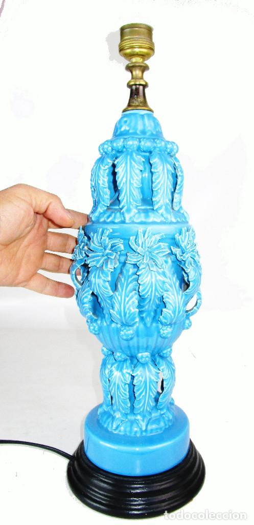 Antigüedades: PRECIOSA LAMPARA CERAMICA MANISES AZUL ANTIGUA VINTAGE - Foto 4 - 155344586