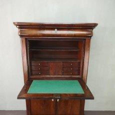 Antigüedades: IMPRESIONANTE BUREAU NEOCLASICO DE CAOBA CON LLAVES FRANCIA S XIX. Lote 155360542