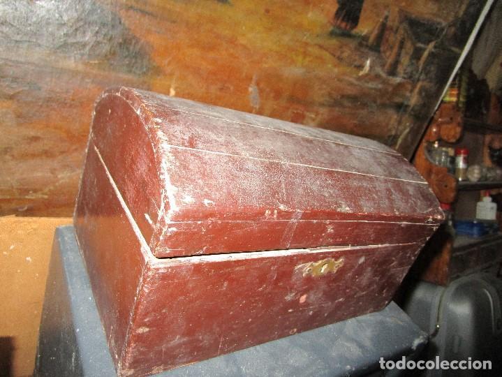 ARCA MADERA MUY ANTIGUA PEQUEÑA IDEAL PARA GUARDAR ANTIGUEDADES ETC (Antigüedades - Muebles Antiguos - Baúles Antiguos)