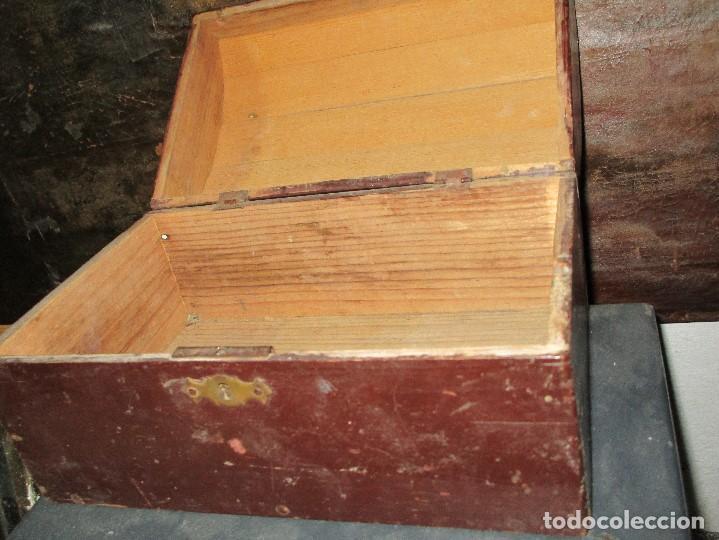 Antigüedades: arca madera muy antigua pequeña ideal para guardar antiguedades etc - Foto 5 - 155374938