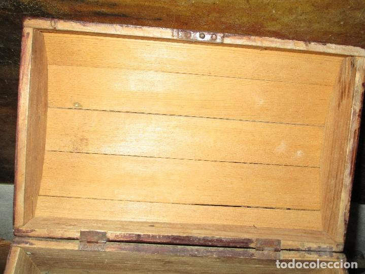 Antigüedades: arca madera muy antigua pequeña ideal para guardar antiguedades etc - Foto 21 - 155374938
