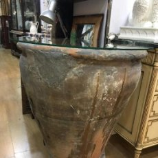 Antigüedades: ANTIGUA VASIJA TINAJA CERAMICA CON MEDIDA 78X62 CM. Lote 155398066