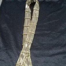 Antigüedades: ANTIGUO - CINTURON DE METAL DORADO Y PLATEADO CON CABEZA DE SERPIENTE 100 CM. Lote 155405446