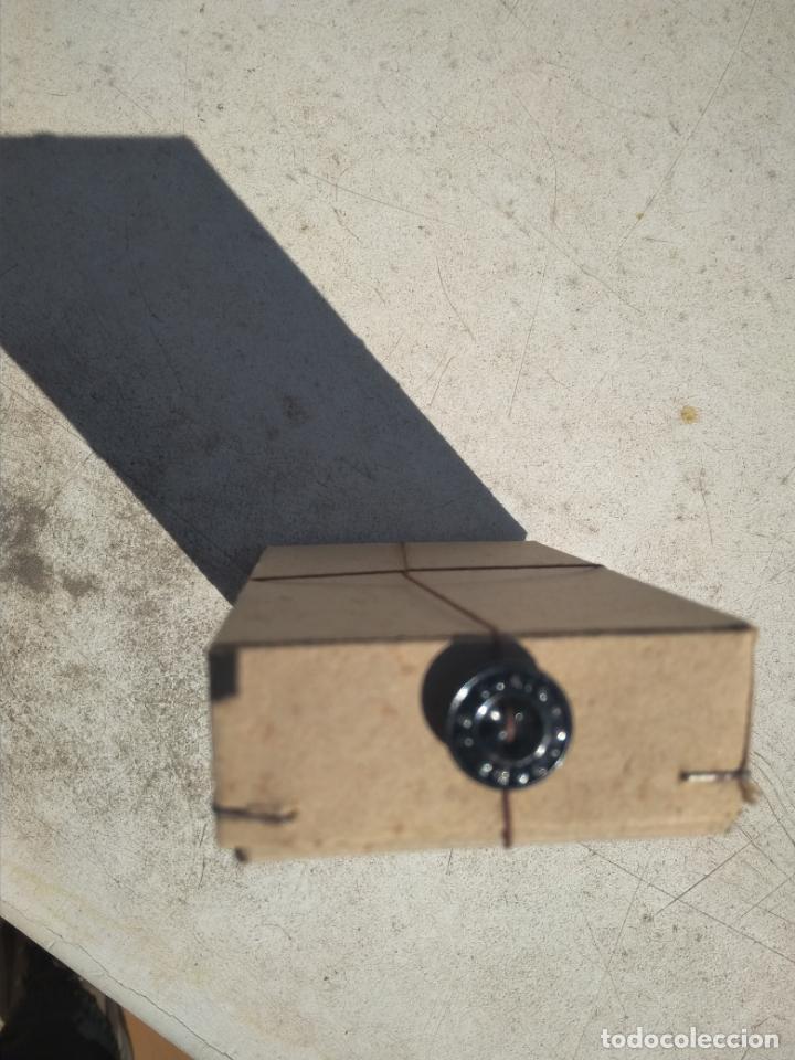 Antigüedades: Botones antiguos metálicos - Foto 2 - 155441714