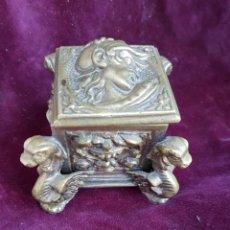 Antigüedades: ANTIGUO TINTERO DE BRONCE. Lote 155488802