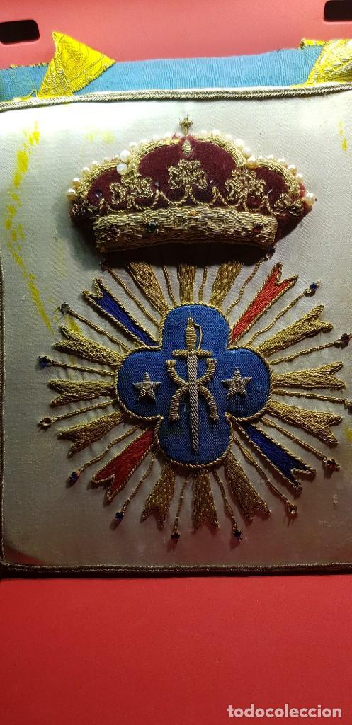 ANTIGUO ESCAPULARIO BORDADO NUESTRA SEÑORA DE LA SOLEDAD DEL SANTO TRASLADO. MÁLAGA (Antigüedades - Religiosas - Escapularios Antiguos)