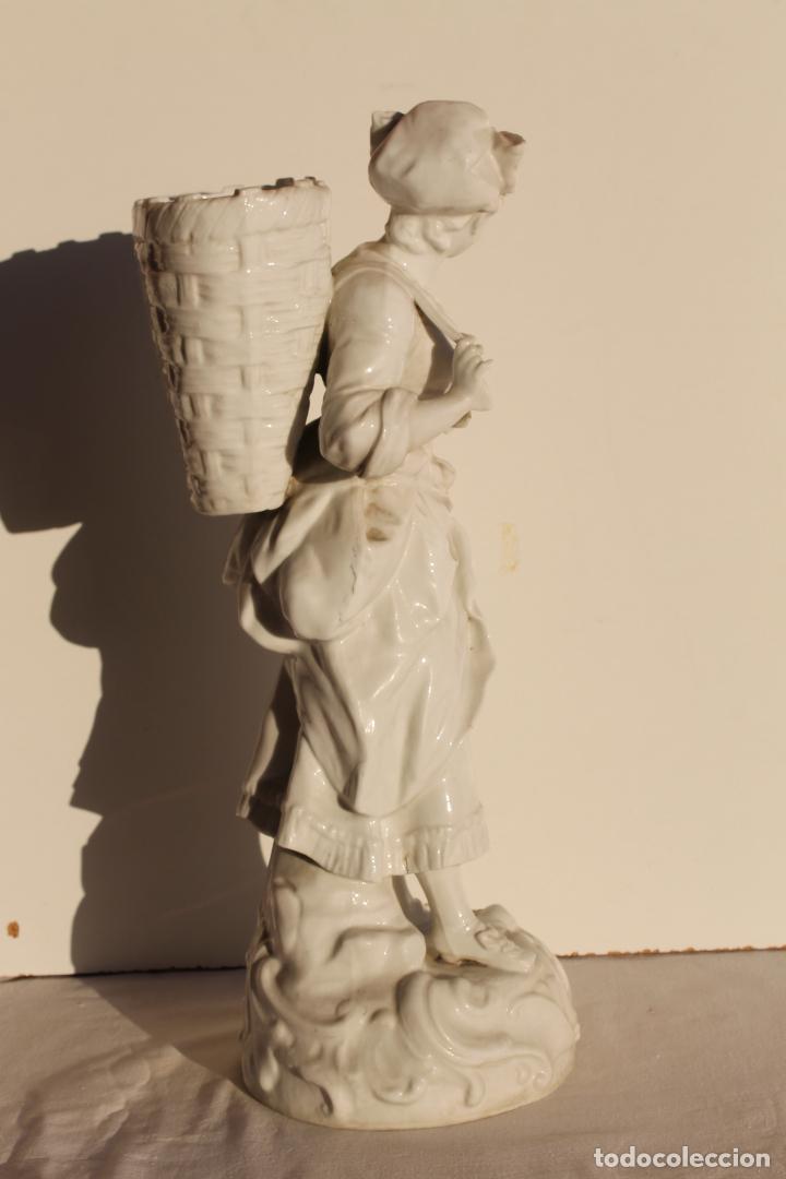 FIGURA DE PORCELANA ALEMANA WALLENDORF SIGLO XVIII (Antigüedades - Porcelana y Cerámica - Alemana - Meissen)