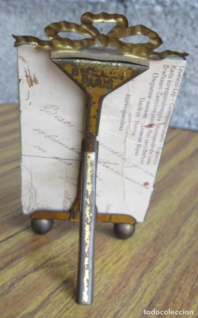 Antigüedades: PORTARRETRATO de latón - El cristal biselado - BTE SGUG PARIS - Foto 2 - 155512166