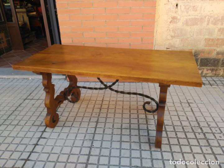 ANTIGUA MESA DE SAN ANTONIO, CON PATAS DE LIRA (Antigüedades - Muebles Antiguos - Mesas Antiguas)