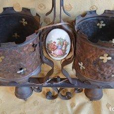 Antigüedades: IMPRESIONANTE LAMPARA DE COBRE Y PORCELANA. Lote 155565242