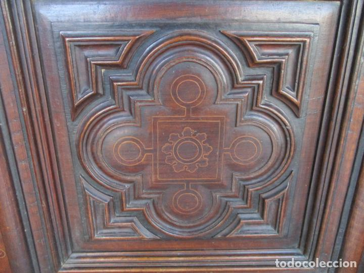 Antigüedades: Armario Empotrado - Barroco Catalán - Madera de Nogal - Puertas con Marquetería en 2 Caras -S. XVIII - Foto 11 - 155594662