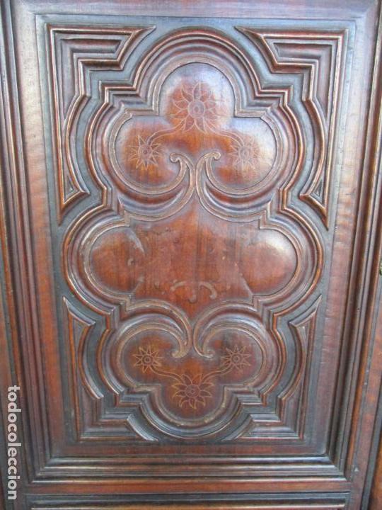 Antigüedades: Armario Empotrado - Barroco Catalán - Madera de Nogal - Puertas con Marquetería en 2 Caras -S. XVIII - Foto 13 - 155594662