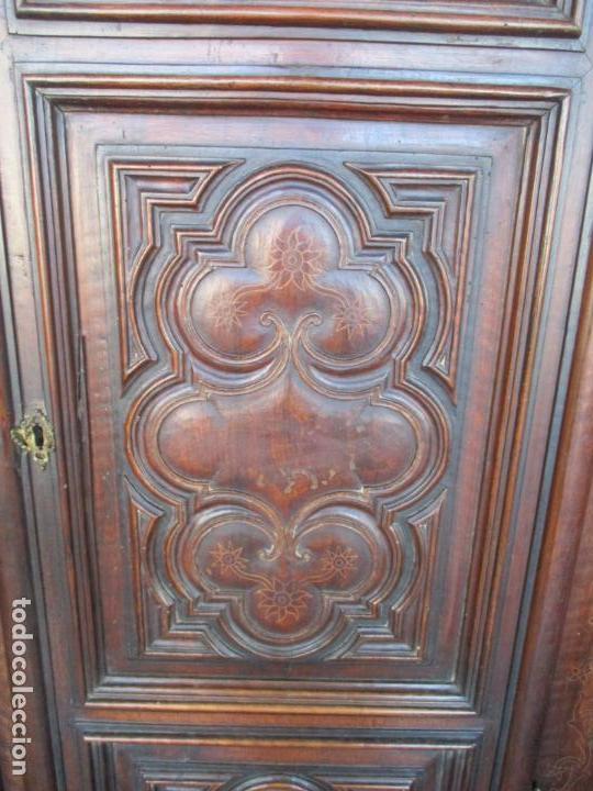 Antigüedades: Armario Empotrado - Barroco Catalán - Madera de Nogal - Puertas con Marquetería en 2 Caras -S. XVIII - Foto 14 - 155594662