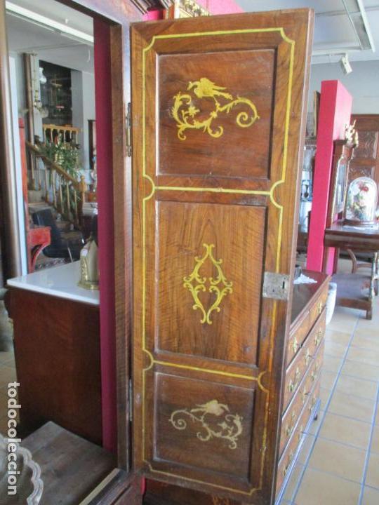 Antigüedades: Armario Empotrado - Barroco Catalán - Madera de Nogal - Puertas con Marquetería en 2 Caras -S. XVIII - Foto 22 - 155594662