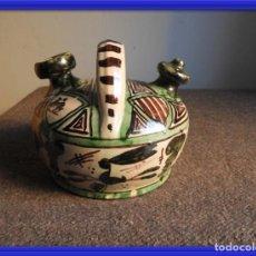 Antigüedades: BOTIJO DE CERAMICA VIDRIADA DE TERUEL FIRMADO PUNTER. Lote 155610498
