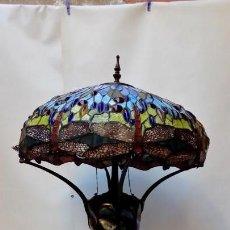 Antigüedades: LAMPARA DE MESA TIFFANY-GRAN TAMAÑO 83 CM. Lote 155559414