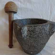 Antigüedades: ANTIGUO MORTERO DE FARMACIA CON MAZO DE MADERA. Lote 155622018