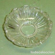 Antigüedades: APLIQUE ANTIGUO DE CRISTAL PARA LAMPARA. Lote 155646366
