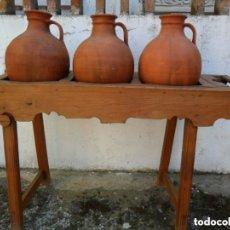 Antigüedades: CANTARERA CASTELLANA CON TRES CÀNTAROS ANTIGUA. Lote 155705650