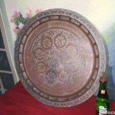 Antigüedades: BANDEJA GRANDE DE COBRE. Lote 155705670