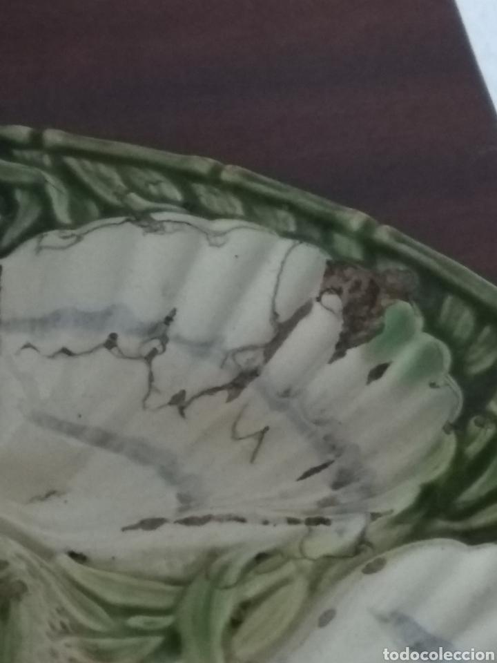 Antigüedades: Muy antiguo plato para aperitivo. Cerámica francesa. J. Charlionais. L. Pourailly. 25 cms ∅ - Foto 2 - 155732709