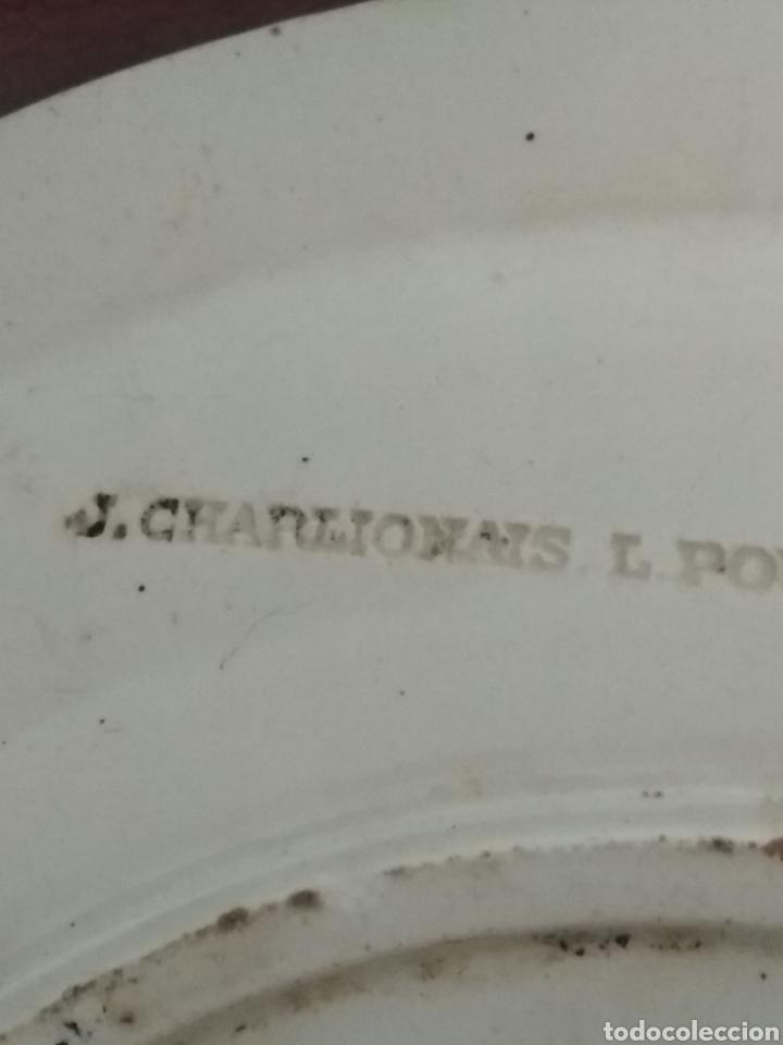 Antigüedades: Muy antiguo plato para aperitivo. Cerámica francesa. J. Charlionais. L. Pourailly. 25 cms ∅ - Foto 7 - 155732709