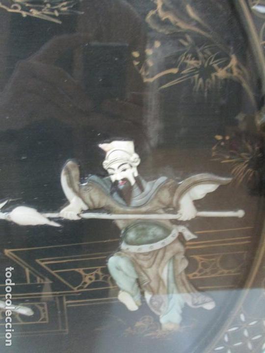 Antigüedades: Curiosa Mesa de Centro, China - Abatible - Motivos Orientales - Madera Laca Negra - Foto 4 - 155742514