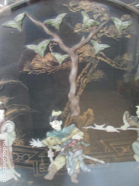 Antigüedades: Curiosa Mesa de Centro, China - Abatible - Motivos Orientales - Madera Laca Negra - Foto 5 - 155742514