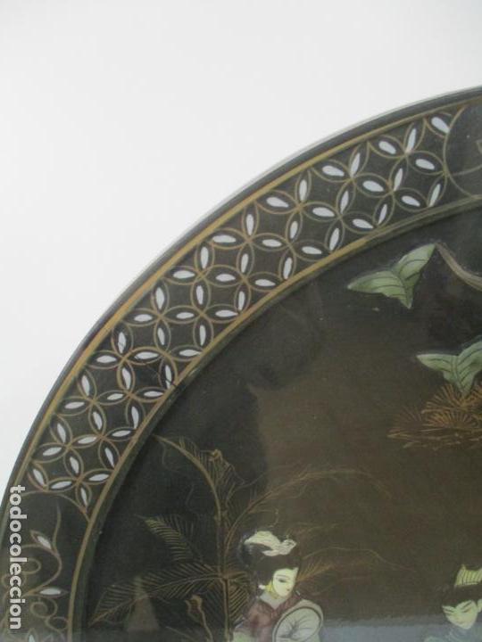 Antigüedades: Curiosa Mesa de Centro, China - Abatible - Motivos Orientales - Madera Laca Negra - Foto 6 - 155742514