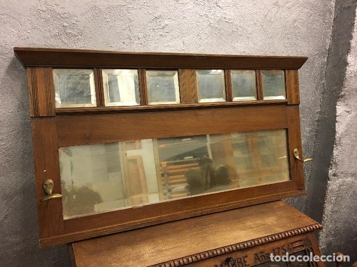 PERCHERO DE PARED NOGAL CON ESPEJOS BISELADOS (Antigüedades - Hogar y Decoración - Otros)