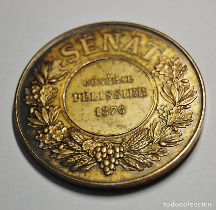 Antigüedades: ESPECTACULAR MEDALLA DE PLATA MACIZA DEL SENAT DE FRANCIA DEL AÑO 1876.PIEZA DE LUJO. - Foto 7 - 155749262