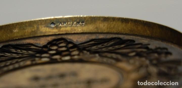 Antigüedades: ESPECTACULAR MEDALLA DE PLATA MACIZA DEL SENAT DE FRANCIA DEL AÑO 1876.PIEZA DE LUJO. - Foto 9 - 155749262