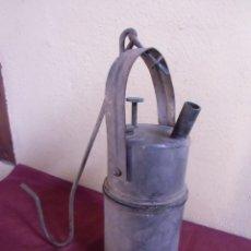 Antigüedades: ANTIGUO CARBURO METALICO-LAMPARA-CANDIL.. Lote 155755918
